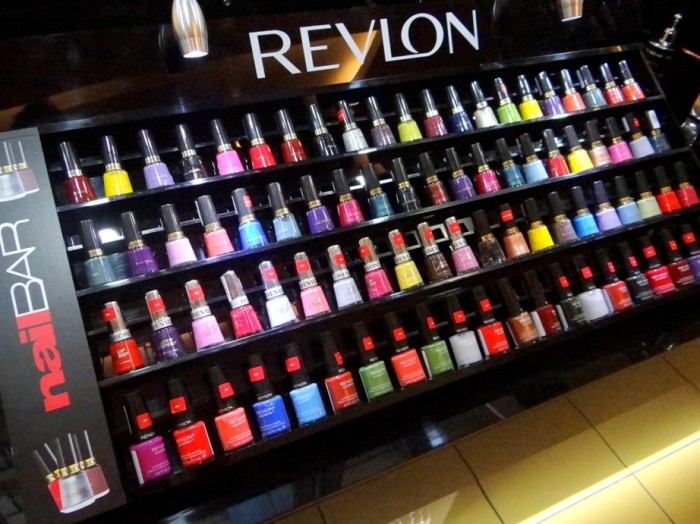 Revlon Exclusive Store GIP Mall Noida (4)
