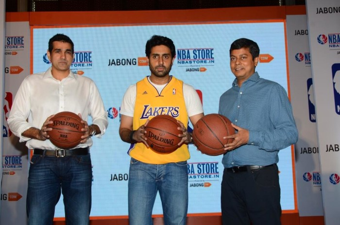 L-R Yannick Colaco, Managing Director, NBA India, Abhishek Bachchan, Praveen Sinha, Co -Founder, Jabong.com at the launch of NBA online store exclusively on Jabong.com - 1