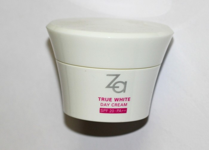 Za true white day cream review india (2)