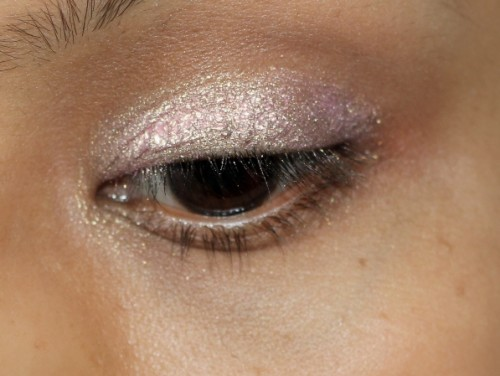 Essence For Fairies Stay All Day Long Lasting Eyeshadow Review (2)