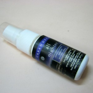 Urban Decay All Nighter Long Lasting Makup Setting spray - Review (1)