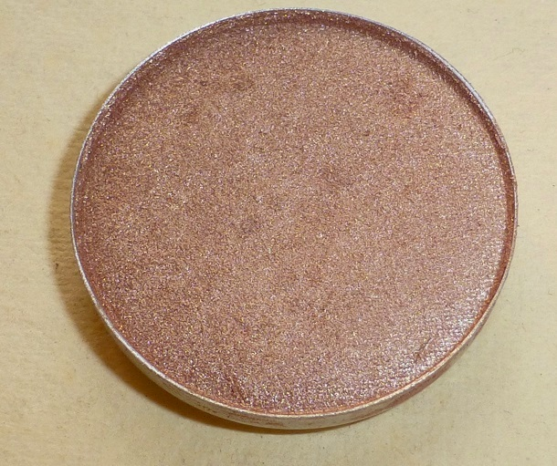 MAC All That Glitters Eyeshadow Review Swatches Photos Price India (5)