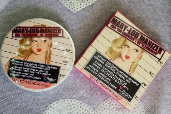 theBalm Mary Lou Manizer Review Swatches Photos Price india (1)