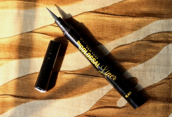 Maybelline Colossal Liner Review Swatches Price Photos (3)