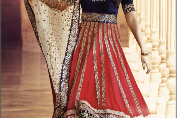 Online shopping for Ethnic Wear Hurdles and bottlenecks