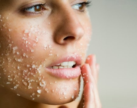 5 Homemade Face Scrubs For Dry Skin