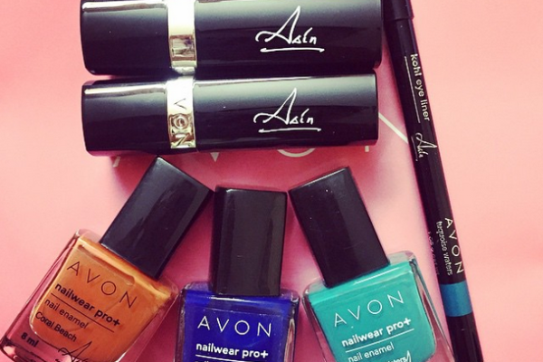 Avon Asin Signature Collection Review Swatches Price (1)