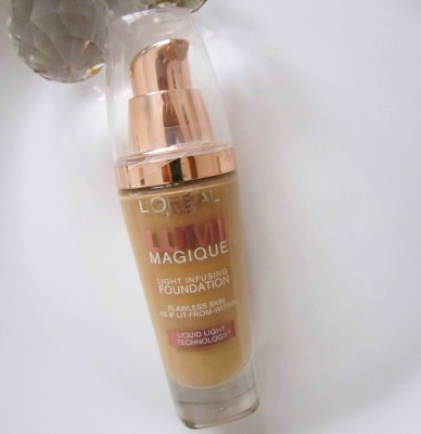 L'Oreal Lumi Maqique Foundation Review Swatches Photos Demo India (3)
