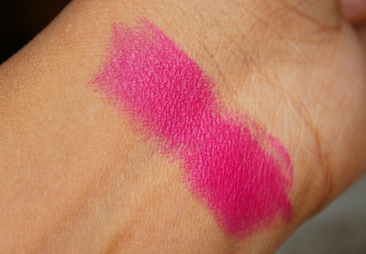 Lakme Absolute Sculpt Studio Hi Definition Matte Lipstick Burgundy Affair Coco Shot Coral Flare Pink Caress
