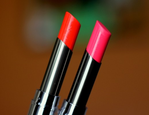 Lakme Tangerine Lush, Pink Caress Absolute Sculpt Studio Hi-definition Matte Lipstick review swatches photos price (2)