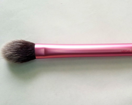 Real Techniques SETTING brush review (2)