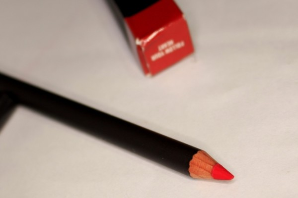 MAC follow ur heart Lip Pencil Review Swatches Photos - PENCILLED IN COLLECTION (1)