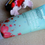 Aroma Magic White Tea Chamomile Face Wash Review