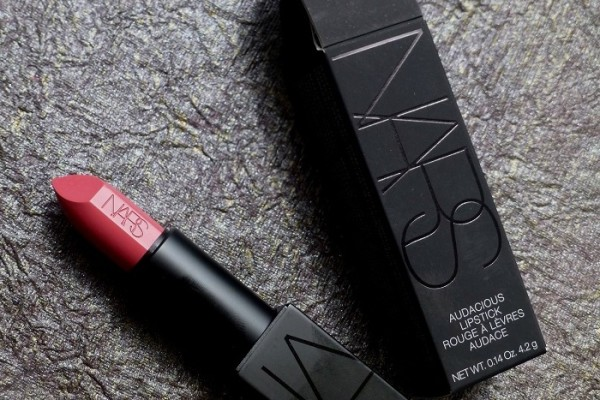 NARS Audacious Lipstick Anna Review Swatches Photos (2)