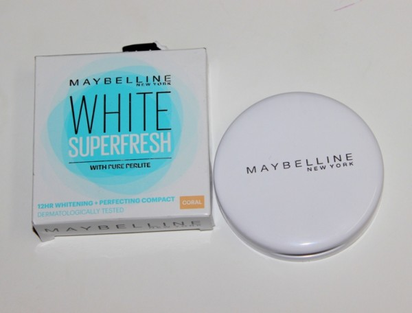 Maybelline White Superfresh Compact Coral Review Photos Price (2)