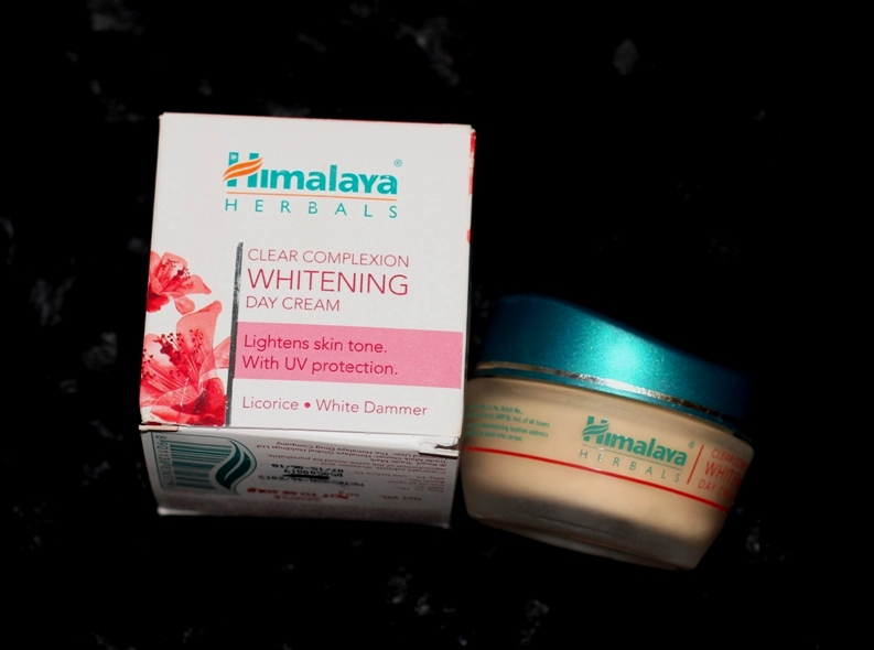 Himalaya Clear Complexion Whitening Day Cream Review Price Photos (5)