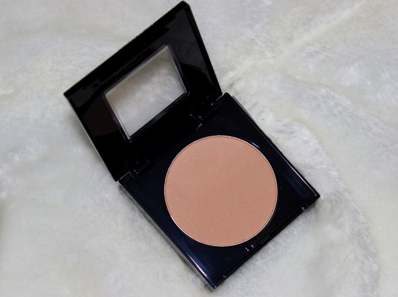 Maybelline Fit Me Set + Smooth Pressed Powder Review Swatches Photos (3)