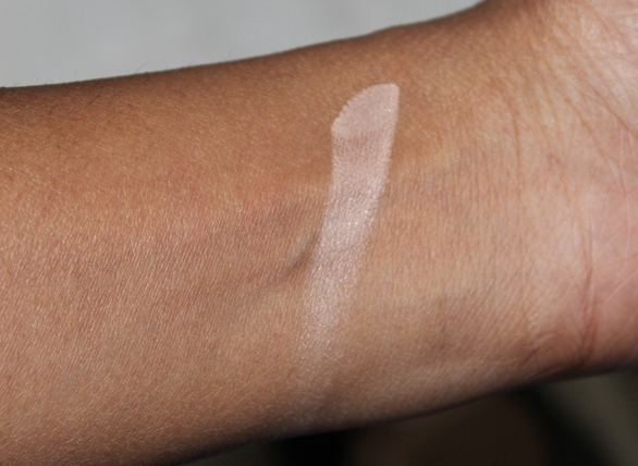 Maybelline Fit Me Set + Smooth Pressed Powder Review Swatches Photos (5)