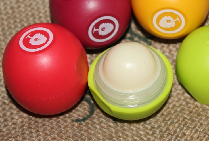 Organic Harvest Lip Balm Review Photos Price Buy Online (1)