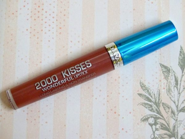 Diana Of London Raspberry 2000 Kisses Lipstick Review Photos Swatches (1)
