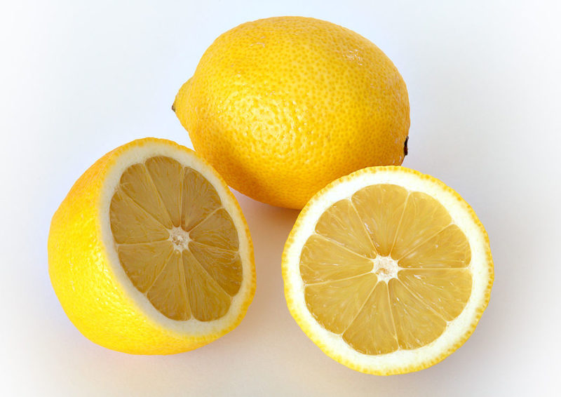 Remove Sun Tan Naturally With These 6 Homemade Face Packs Using Lemon