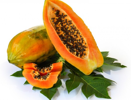 Remove Sun Tan Naturally With These 6 Homemade Face Packs using papaya