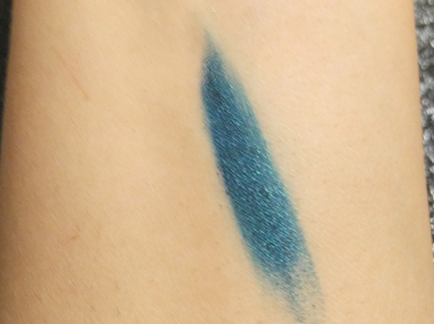 Revlon Colorstay Totally Turquoise One Stroke Defining Eye Liner Review