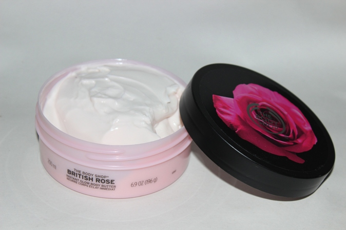 The Body Shop British Rose Scrub, Body Butter, Shower gel Review (4)
