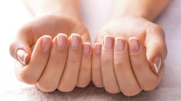 5 Tips To Whiten Nails At Home (1)