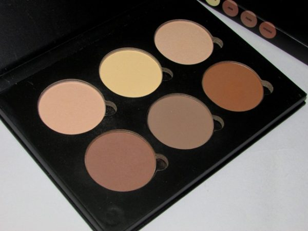 Anastasia Beverly Hills Contour Kit Light Medium Review