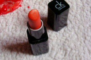 Calvin Klein Orange Too Delicious Luxury Crème Lipstick Review