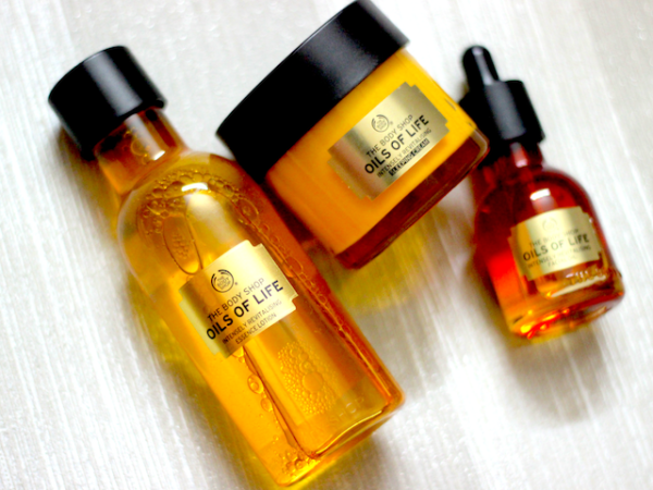 The Body Shop Oils Of Life Intensely Revitalizing Sleeping Cream & Essence Lotion Review