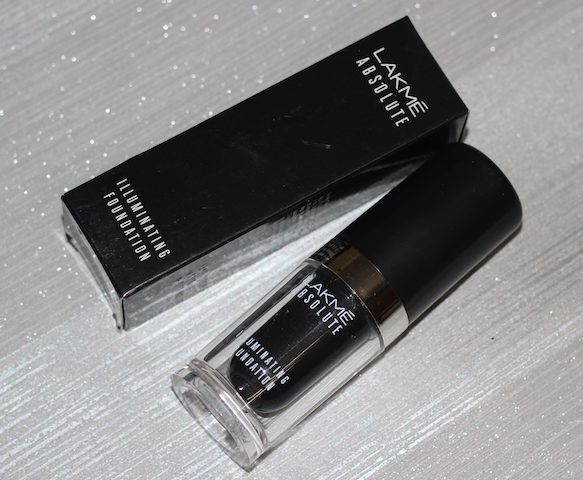 Lakme Absolute Illuminating Foundation Review price photos