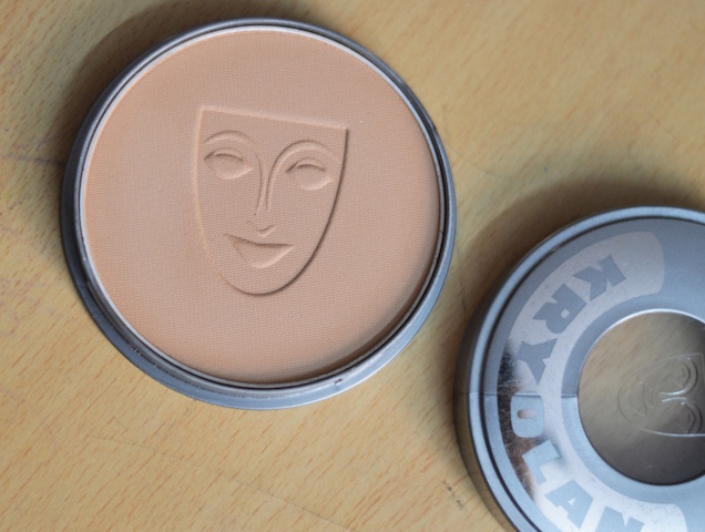 Kryolan Cake Makeup Base Review Price Photos Swatches