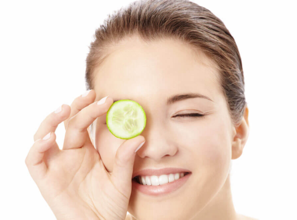 5 DIY Beauty Treatments For Puffy Eyes