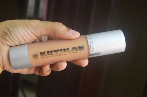 Kryolan Shimmering Event Foundation Review Price Photos