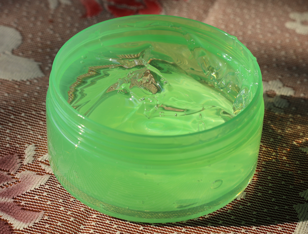 The Face Shop Jeju Aloe 99% Fresh Soothing Gel Review Price India