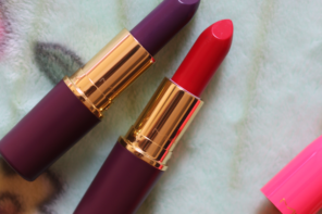 MAC So Good For You, Leap Of Delight Matte Lipstick Swatches Review – Nutcracker Sweet Collection