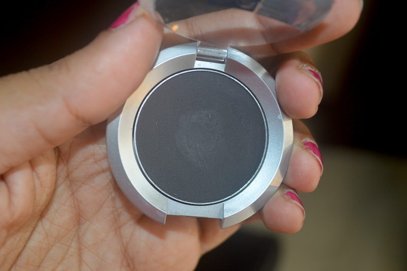 Kryolan Black Eye Shadow Compact Matt Review Swatches Photos