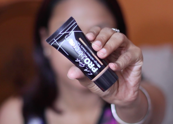 LA Girl HD Pro BB Cream Medium Review Swatches Photos