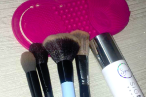 How To Clean Makeup Brushes Quickly – Step By Step