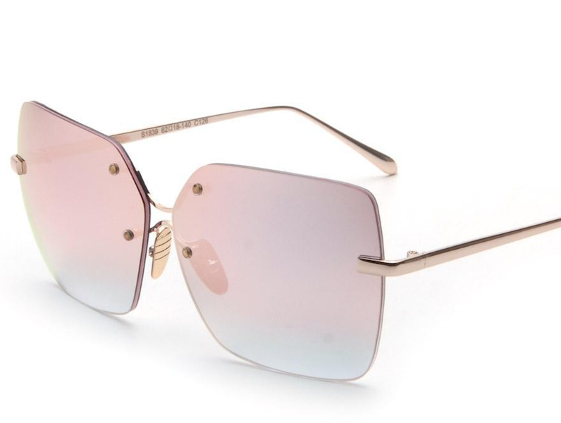 5 Sunglass Styles You Ought To Try Out This Summer! square shape glasses