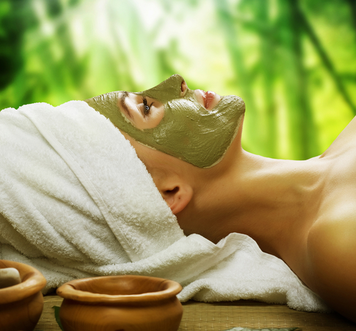 What Is Matcha & How to Use It In Skincare