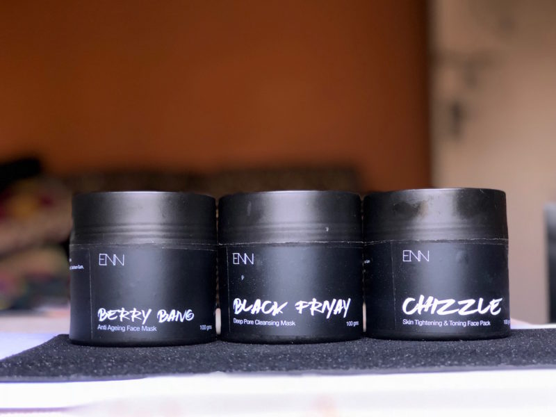 Enn's Closet Face Masks Review - Black Friday, Berry Bang, Chizzle