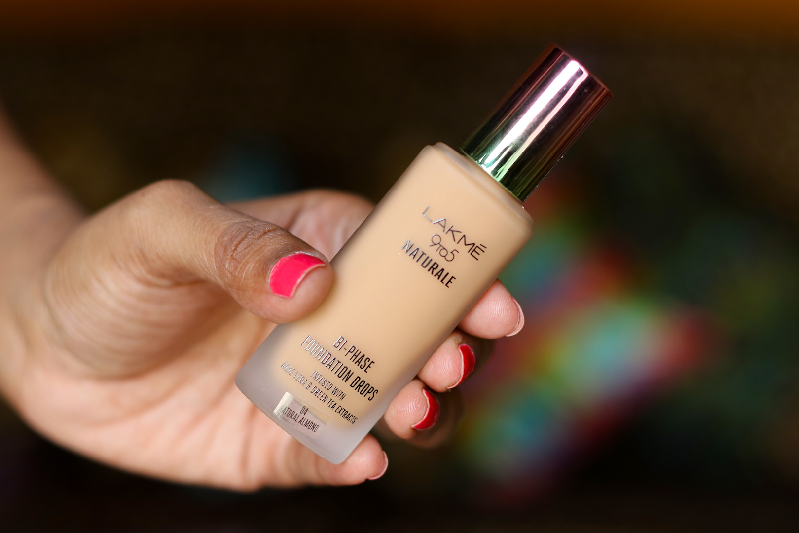 Lakme 9 to 5 Naturale Foundation Drops Review Swatches Photos