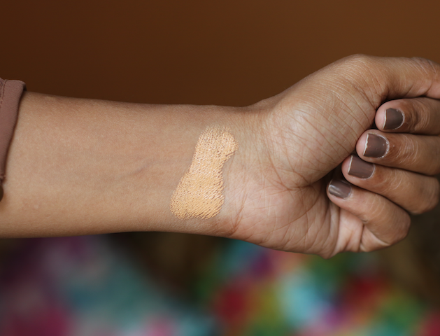 Faces Ultime Pro Blend Finity Stick Foundation Review Photos Price