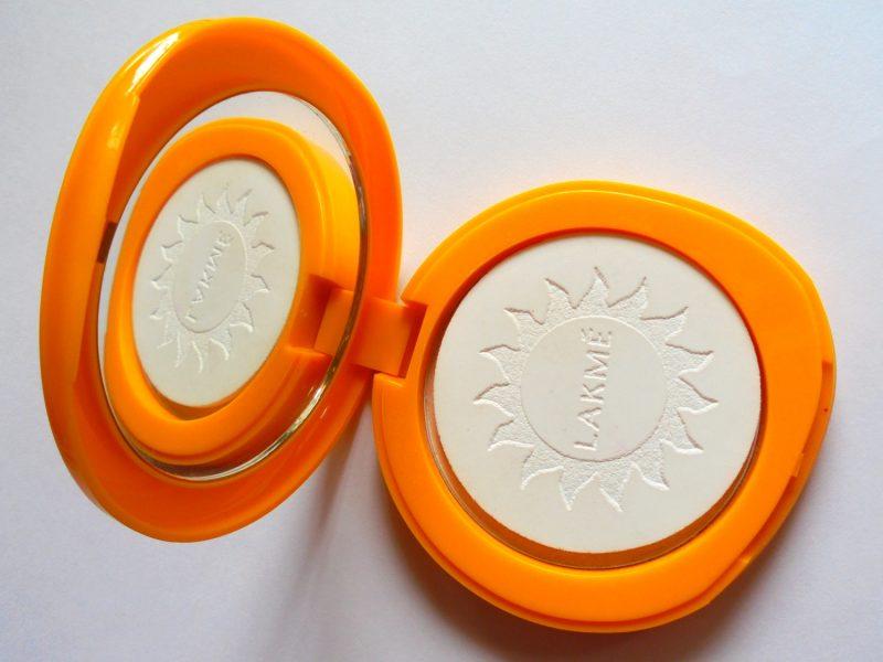 Lakme Sun Expert Ultra Matte Compact SPF 40 PA +++ Avaliação Fotos Preço